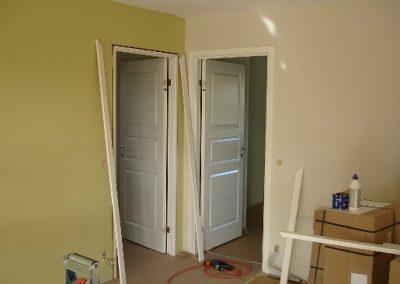 Uge 15: Indvendige døre, paneler og karme monteres.